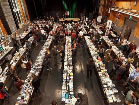 Bücherausstellung in der Schützi