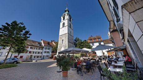 Ildefonsplatz mit Stadtturm