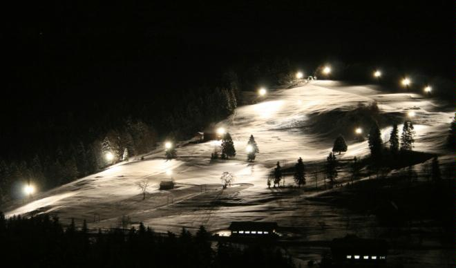 Atzmännig night skiing