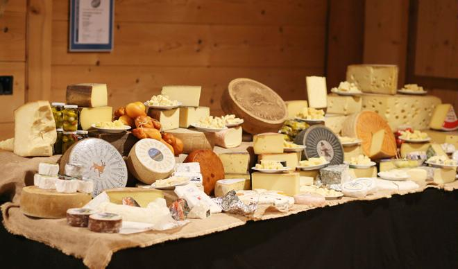 Passion for Raw Milk Cheese