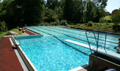 Schwimmbad Grüningen