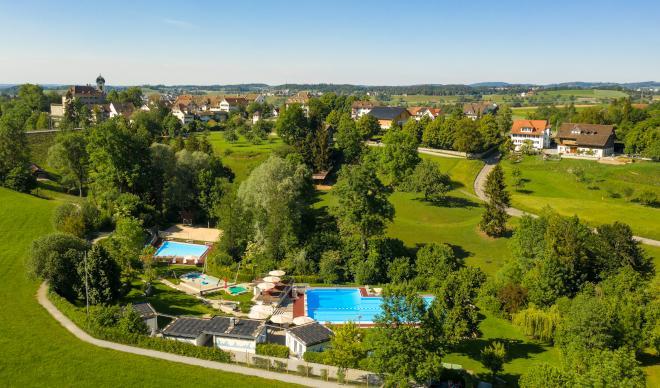 Grüningen – Schwimmbad Tränkibach