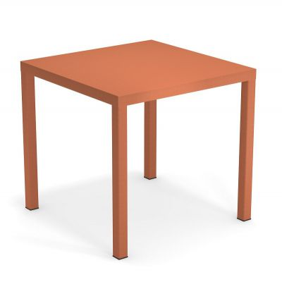 Emu Nova tafel 80 x 80 cm Maple Red
