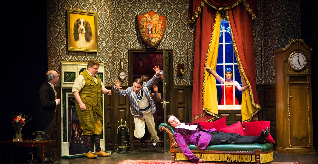 The Play That Goes Wrong.  Photo Helen Murray 2017