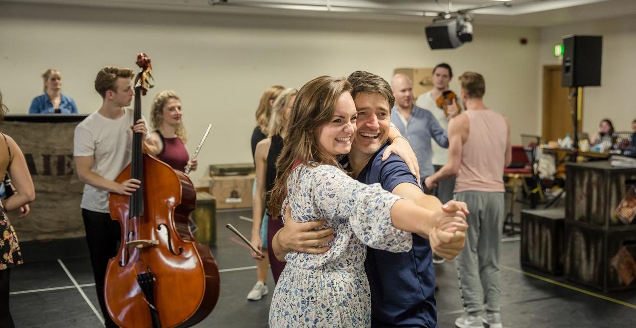 Charlotte Wakefield 'Polly' and Tom Chambers 'Bobby'. Photo by Richard Davenport