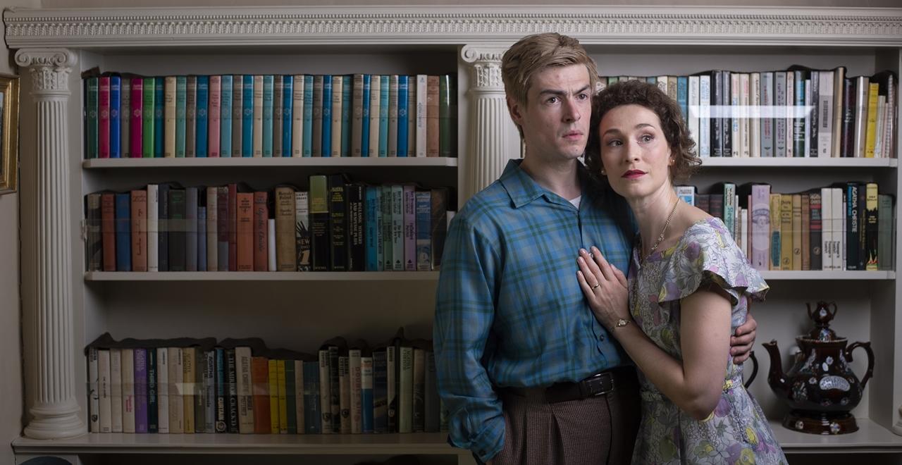Sam Frenchum (Bruce Lovell) and Helen Bradbury (Cecily Harrington) at Greenway House, Brixham