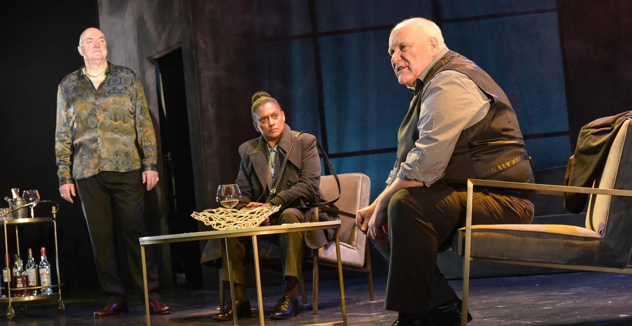 John Stahl (Ber Ger Cafferty), Cathy Tyson (Siobhan Clarke), Ron Donachie (Rebus)