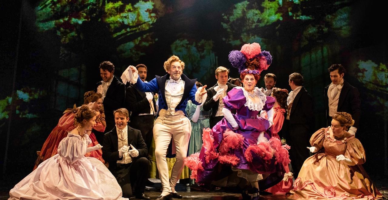 Les Misérables. Martin Ball 'Thenardier' and Sophie Louise Dann 'Madame Thenardier'