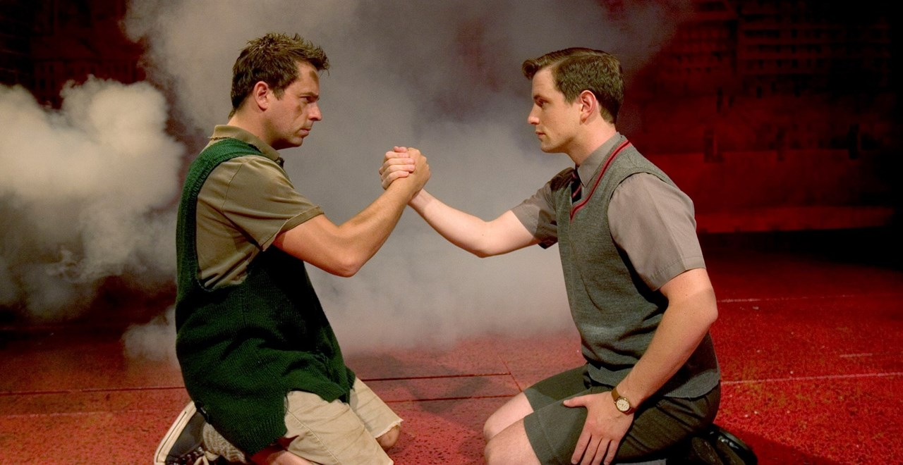 Blood Brothers (previous tour cast)