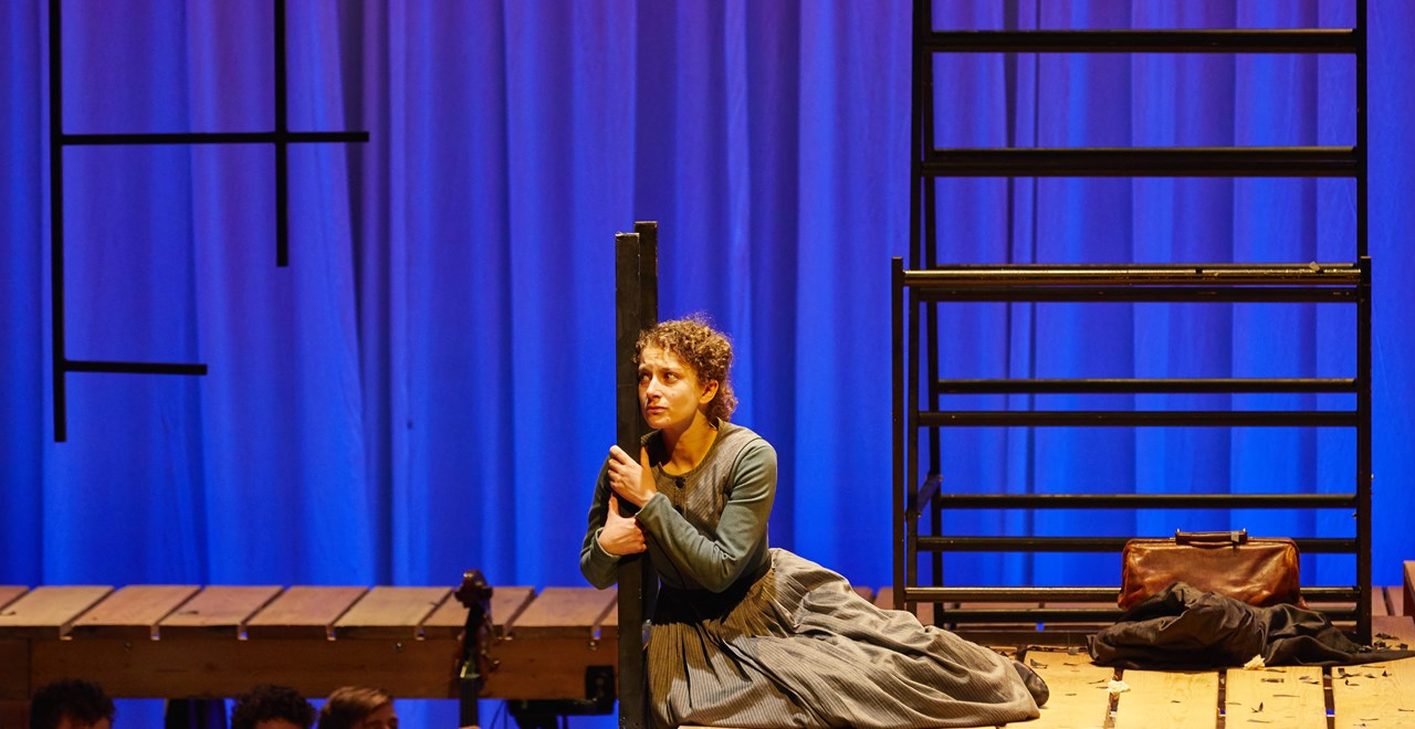 Nadia Clifford (Jane Eyre). Photo by BrinkhoffM+Agenburg