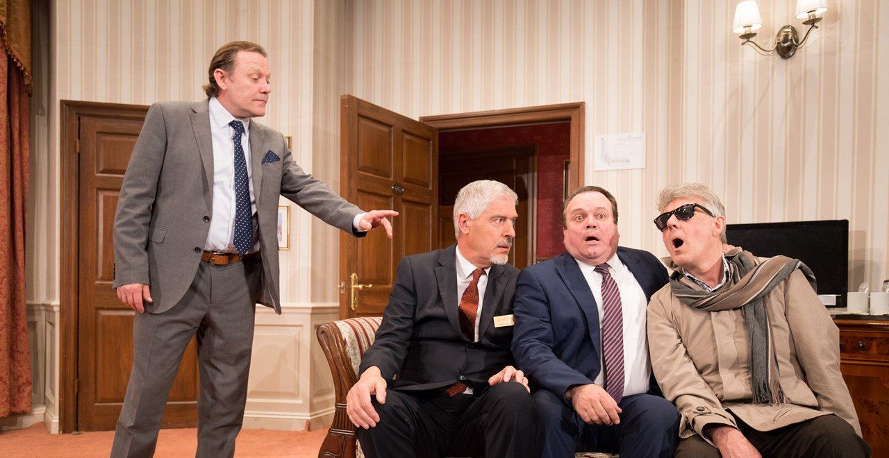 Richard Willey (Jeff Harmer), The Manager (Arthur Bostrom), George Pidgen (Shaun Williamson), The Body (David Warwick) cDarren Bell