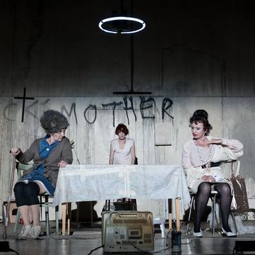 Die Präsidentinnen, Akademietheater, Wien