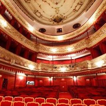 ZEITPUNKT Josefstadt, Moderation: Corinna Milborn, Theater in der Josefstadt, Wien