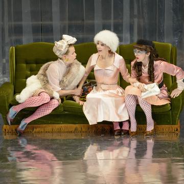 Liebesgeschichten und Heiratssachen, Burgtheater, Wien