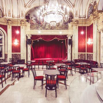 Frühstück mit Nathan & Co, Rote Bar, Wien