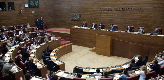 Imatge general del ple de les Corts Valencianes.