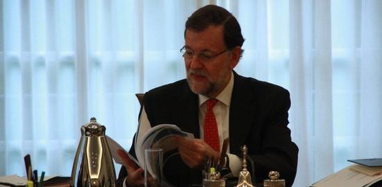 El president del govern espanyol, Mariano Rajoy, aquest dilluns 26 d'octubre, al consell de ministres on ha signat el decret de convocatòria de les eleccions a les corts