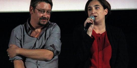 Una imatge d'Ada Colau i Xavier Domènech durant la presentació d'En Comú Podem