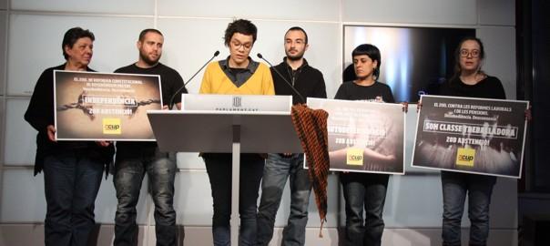 Diputats i membres del secretariat de la CUP demanant l'abstenció el 20-D.