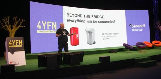 El vice-president i director tecnològic d'Amazon, Werner Vogels, en la conferència