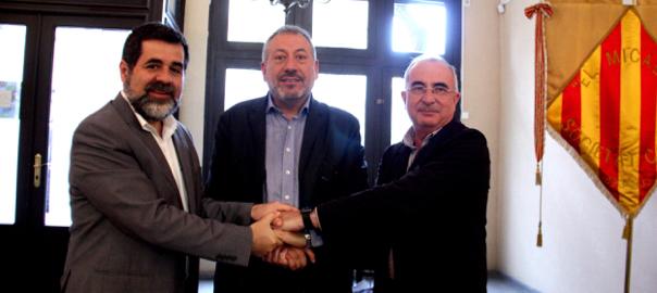 El president de l'ANC, Jordi Sànchez, de la Plataforma pel Dret de Decidir del País Valencià, Toni Infante i l'Assemblea Sobiranista de Mallorca Cristòfol Soler.