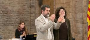 Liz Castro i Jordi Sànchez en la reunió del secretariat a Cardona el 16 de maig de l'any passat (fotografia: Lluís Brunet).