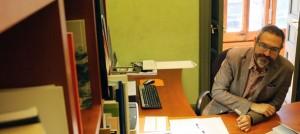Manuel Forcano al seu despatx de l'Intitut Ramon Llull