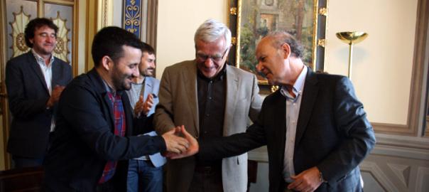 El conseller d'Educació i Cultura Vicent Marzà, el batlle de València Joan Ribó i el president de l'Acadèmia Valenciana de la Llengua Ramon Ferrer.