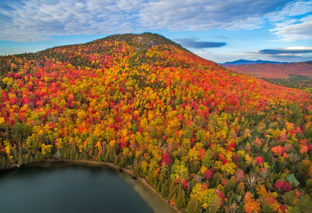 Els colors de la tardor a les muntanyes d'Adirondack, Estats Units (fotografia: Manish Mamtani)