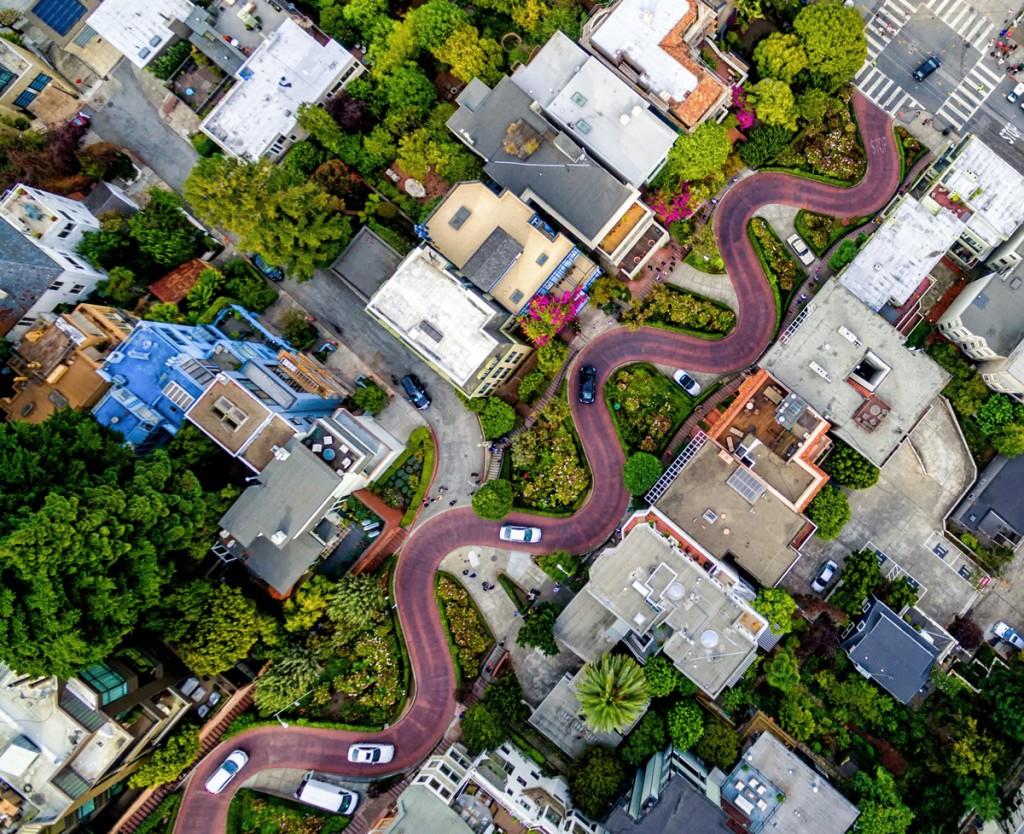 El recargolat carrer de Lombard a San Francisco, Estats Units (fotografia: Chris McCann)