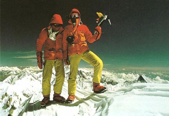 Nil Bohigas i Enric Lucas al cim de l'Annapurna.