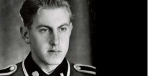 Reinold Hanning amb l'uniforme de les SS. Fotografia: Bundesarchive.