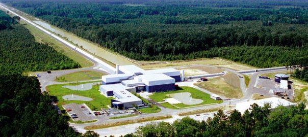 En la imatge, l'interferòmetre LIGO a Livingston, Louisiana. N'hi ha un altre igual a Hanford, Washington. / Ligo Laboratory