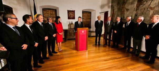El síndic Vicenç Mateu s'adreça a les autoritats en el discurs de la Diada