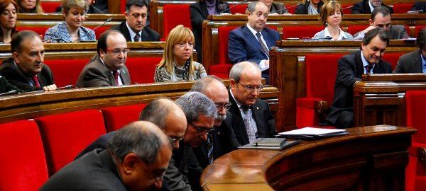 Imatge del ple del 2010 que va servir per a aprovar finalment la Iniciativa Legislativa Popular (ILP) presentada per la plataforma Prou! per a l'abolició de les curses de braus al Principat.