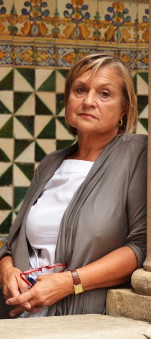 Teresa Cabré (fotografia de l'Institut d'Estudis Catalans).