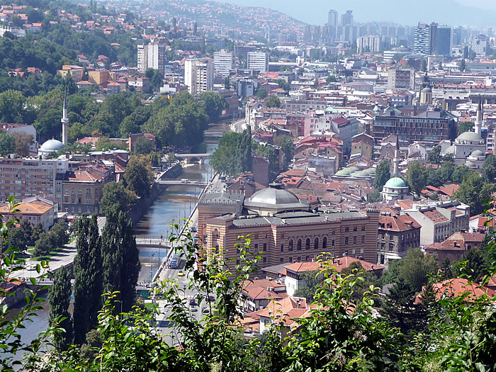 Sarajevo. La biblioteca reconstruida