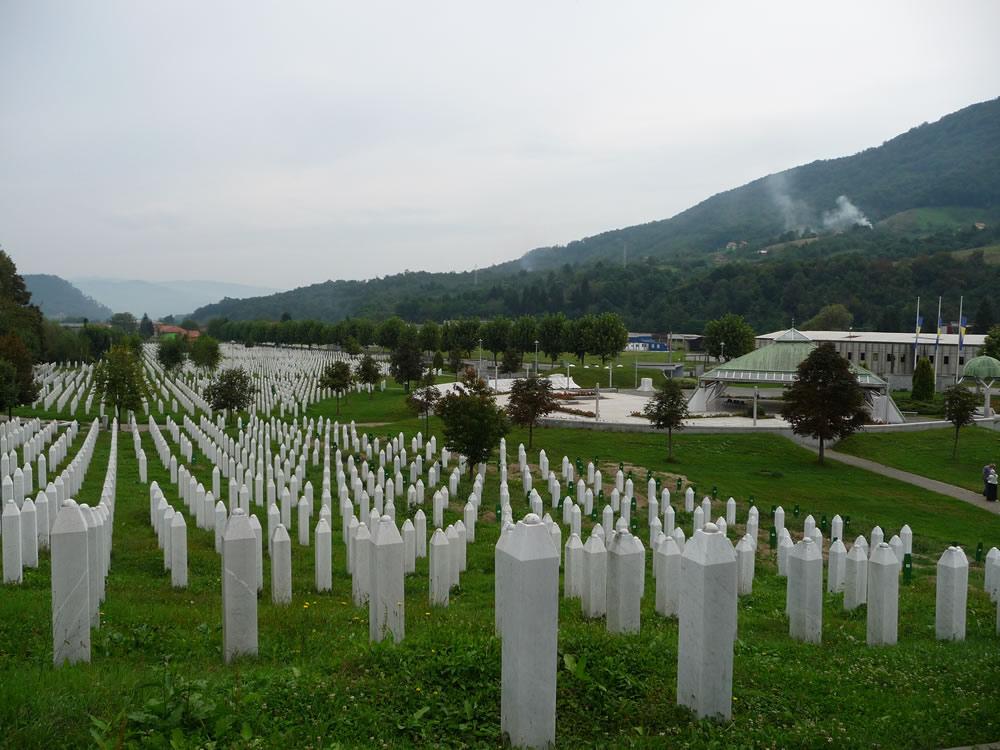 Memorial de Srebrenica-Potocari