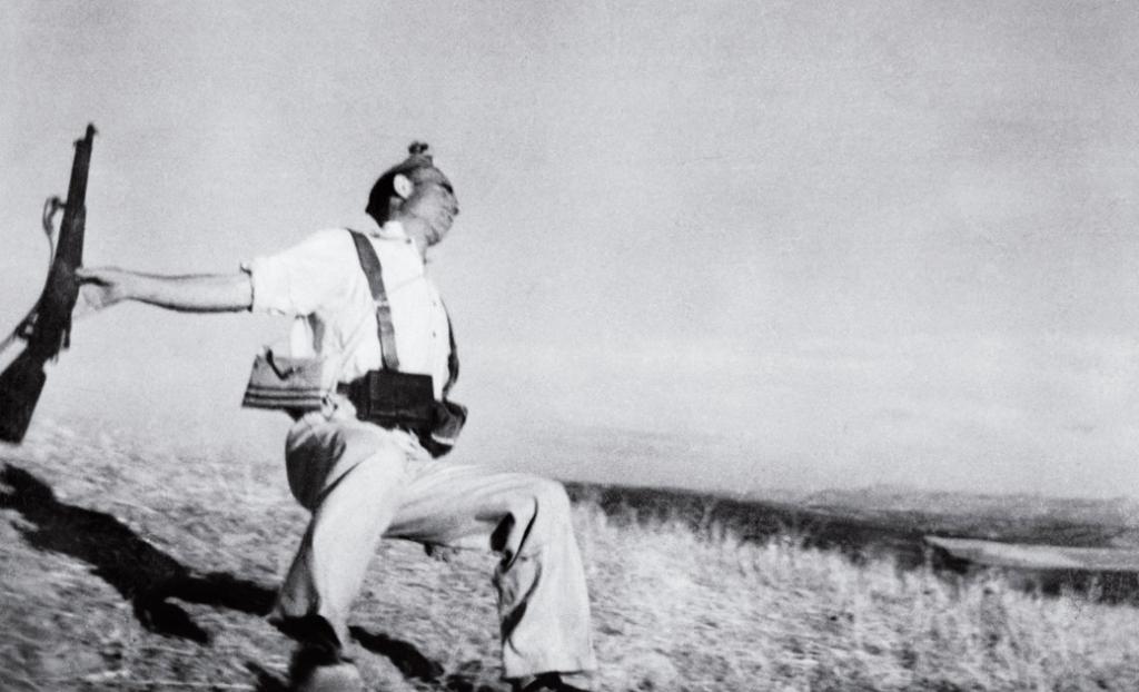 El soldat caigut de Robert Capa (1936)