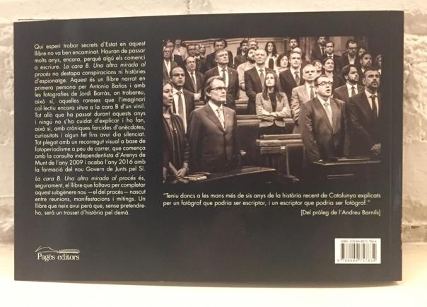 Contraportada del llibre 'La cara B' amb una fotografia de Jordi Borràs.