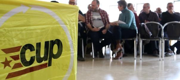 Reunió del consell polític de la CUP, òrgan que decidirà el vot de la formació de demà en vuit.