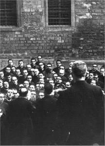 manifestació capellans barcelona 1966