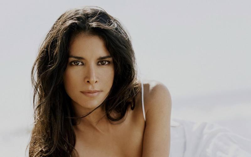 Patricia Velasquez lesbiana