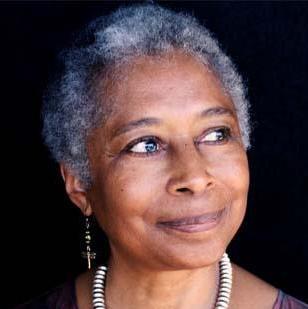 Escritora de literatura de tema lésbico Alice Walker