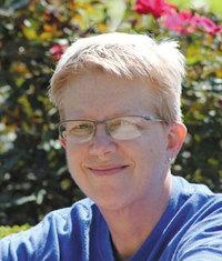 Escritora lesbiana Julie Cannon