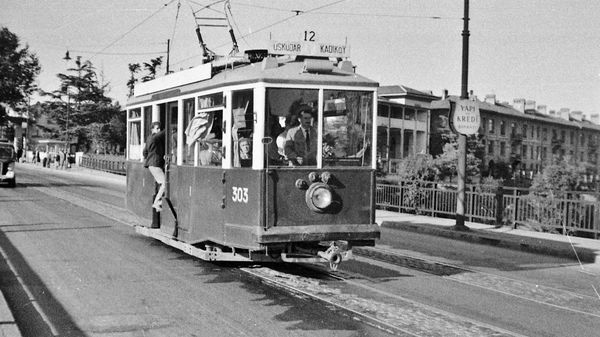 1957 %c3%bcsk%c3%bcdar kad%c4%b1k%c3%b6y tramvay%c4%b1
