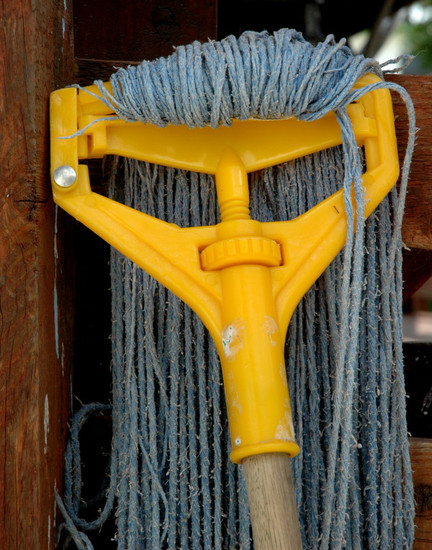 Mop with a yellow attitude