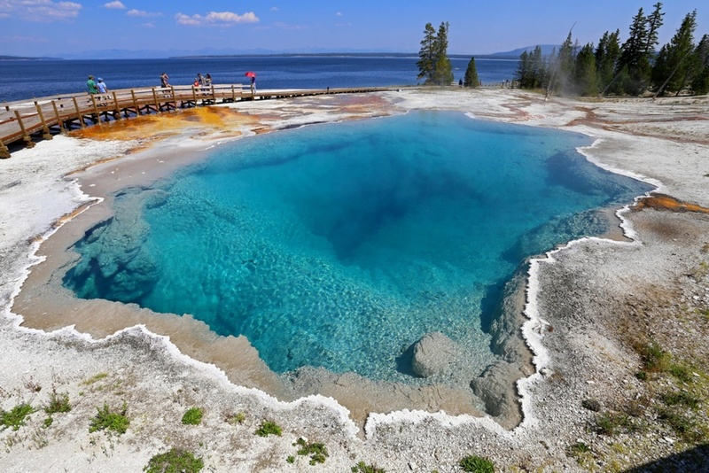 Black pool, Yellowstone