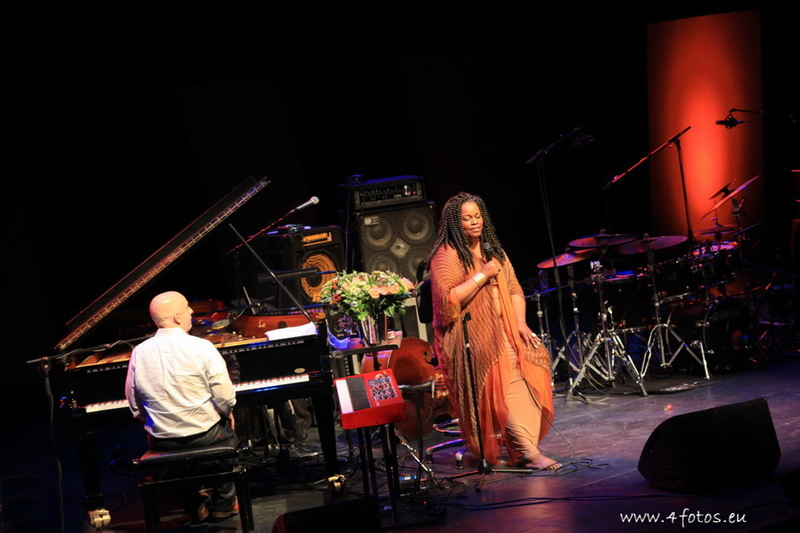 Dianne Reeves & Peter Martin