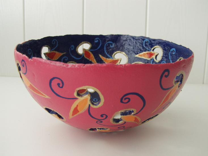 Decorated bowl small 1